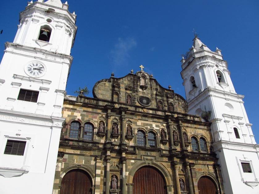 Catedral Metropolitana de Panama courtesy of Jasperdo and Flickr