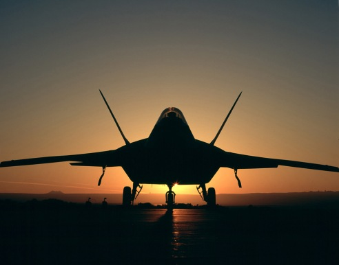F-22_Raptor-silhouetted